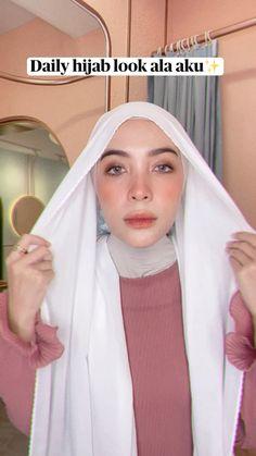 Simple Hijab Tutorial, Hijab Style Tutorial, Pashmina Hijab Tutorial, Hijab Dress Party, Casual Hijab Outfit, Hijab Fashion Inspiration, Beautiful Hijab, Useful Life Hacks, Pictures