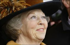 Koningin Beatrix. Strong and warm person, knows her PR, proud.