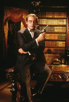 Christopher Lloyd - El juego de la sospecha (Cluedo) - Professor Plum (Profesor Mora)