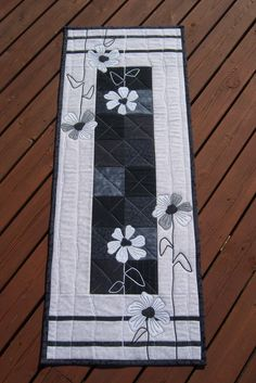 Mitt lappeliv - Looks like it's in German, but the quilts are beautiful!
