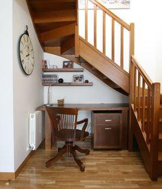 Desk Under Stairs, Stair Storage, Ideas Para, Corner Desk, Sweet Home, Table, Furniture, Apartments, Design