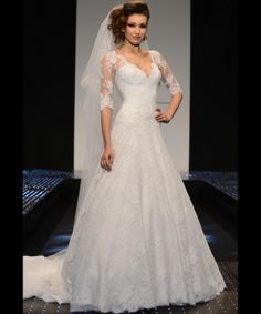 The FashionBrides is the largest online directory dedicated to bridal designers and wedding gowns. Find the gown you always dreamed for a fairy tale wedding. Top Wedding Dresses, Stunning Wedding Dresses, Bridal Dresses, Beautiful Dresses, Wedding Gowns, Wedding Lace, Wedding Night Lingerie, Vintage Dresses Online, Half Sleeve Dresses
