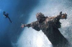 Le Christ des Abysses (San Fruttuoso, Italie)