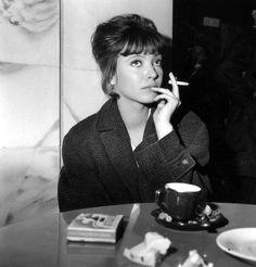 On the set of Le soleil dans l'oeil, 1962.