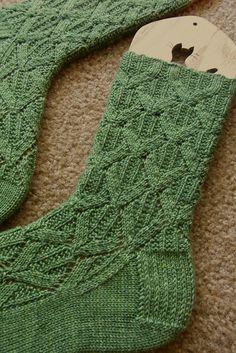 Paragon Socks Knitting pattern by verybusymonkey Crochet Socks, Knitting Socks, Free Knitting, Knit Crochet, Knit Socks, Knitted Slippers, Crochet Granny, Knitting Machine, Vintage Knitting