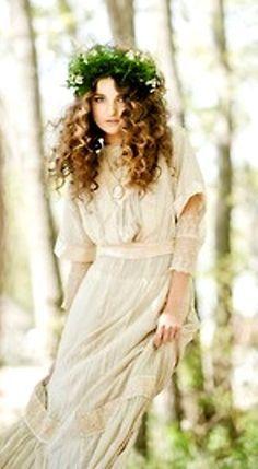 bo ho pintrestr curly hair wedding   Boho bride long curly down wedding hairstyle with flower crown bridal ...