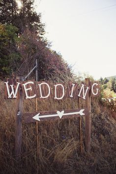 wedding signs #weddingsigns @weddingchicks