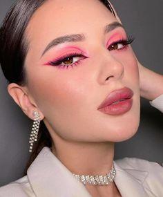 Dope Makeup, Eye Makeup Art, Pink Makeup, Glam Makeup, Beauty Makeup, Media Makeup, Pretty Eye Makeup, Eye Makeup Designs, Pink Eyeliner