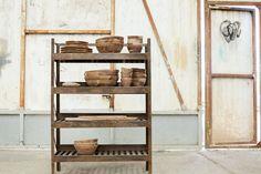 Shelf Furniture, Large Furniture, Slatted Shelves, Leather Stool, Iron Shelf, Industrial Shelving, Ladder Bookcase, Woodworking, Easy Storage