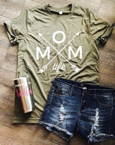 Mom life with arrows olive green custom shirt. Mother's Day gift. – Mavictoria Designs Hot Press Express Mom life with arrows olive green custom shirt. Mother's Day gift. Mothers Day Crafts For Kids, Mothers Day Shirts, Mom Shirts, T Shirts For Women, Diy Mother's Day Crafts, Mother's Day Diy, Vinyl Shirts, Custom Shirts, Mother Day Gifts
