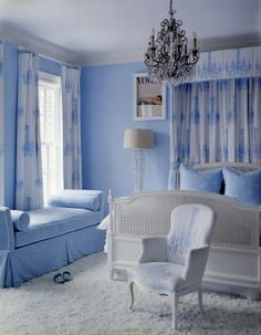 Design Chic: Too Pretty to Sleep - love the daybed!