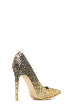 Take your party wardrobe to the next level in this glamorous pump featuring a stunning ombre of glitter.