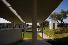 Escola Superior de Educação   Teachers Training College  Setúbal - 1993   © Fernando Guerra, FG+SG Architectural Photography