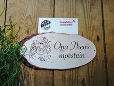 #print #houtlook #moestuin #bord #naambord #opa #vaderdag #outdoor #kado #gadget #gifts # Place Cards, Place Card Holders, Prints