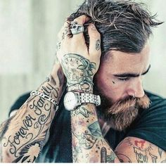 https://www.facebook.com/BeardsAndTattoosOfficial/photos/a.253873244759870.1073741828.253662931447568/724517881028735/?type=3