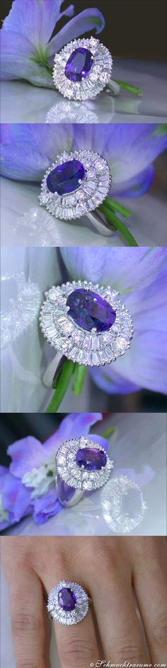 Victorian Style: Ceylon Sapphire Diamond Ring, 5.42 ct. WG18K - Visit: schmucktraeume.com Like: https://www.facebook.com/pages/Noble-Juwelen/150871984924926 Mail: info@schmucktraeume.com