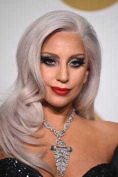Lady Gaga arrives at the 2015 Grammy Awards