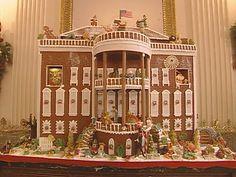 """Chi ha detto """"case di pan di zenzero""""? Qui vedrete la cattedrale di San Basilio, Buckingham Palace, la Casa Bianca, ponti, ranch, castelli... di biscotto!"""