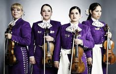 Mariachi Reyna de los Angeles. Singers from Mexico.