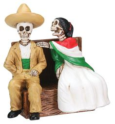 Day of The Dead Sitting Skeleton Couple Figurine Decoration http://amzn.to/2BVJqsq