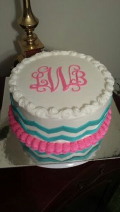 Monogrammed cake with chevron Cookie Cake Birthday, Adult Birthday Cakes, Birthday Ideas, Fancy Cakes, Cute Cakes, Cake Cookies, Cupcake Cakes, Chevron Cakes, Cake Writing