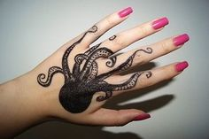 Octopus tattoo is very popular among the aquatic animals tattoo.