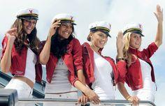 Victoria's Secret Supermodels Arrive In Yacht