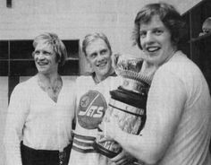 Hull, Hedberg and Nilsson with Avco Cup Bobby Hull, First Time, The One, Sweden, Hockey, Jets, Couple Photos, Happy Birthday, Couple Shots