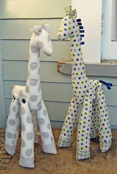 DIY Stuffed Giraffes