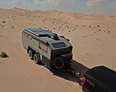 De Bruder is ook bestand tegen woestijnhitte Teardrop Camper Trailer, Off Road Camper Trailer, Camper Trailers, Expedition Trailer, Overland Trailer, Small Travel Trailers, Small Trailer, Travel Camper, Camper Caravan