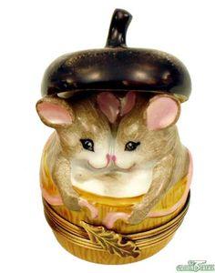 Limoges Porcelain Acorn Trinket Box with 2 mice inside ♥༺❤༻♥