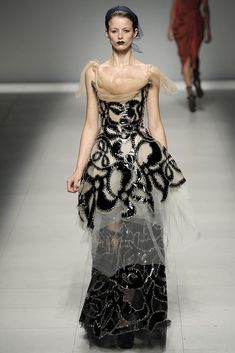 Andreas Kronthaler for Vivienne Westwood Spring 2009 Ready-to-Wear Fashion Show…