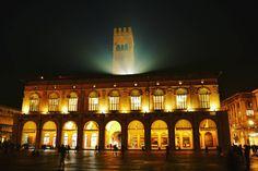 Palazzo del Podestà, Bologna - Instagram by claudio.olivastri