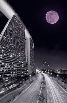 Moon rise over Marina Bay Sands. 2 Oct 2012.