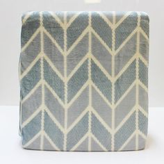 Loving this winter style pattern blanket by LIVELY. Style name; Arrows  See more at - http://ift.tt/1IQoQJz  #blanket #manchester #homewares #interiordesign #living #bedroom #decor #fashion #linen #bedlinen #summer #modern #bedding #homedecor #style #fun #life #shopping #fashion #love #pretty #beautiful #Moderninteriordesign #Interiorarchitecture  #Decor #Homedecor #moderndecor #sydney #marrickville #manchesterfactory