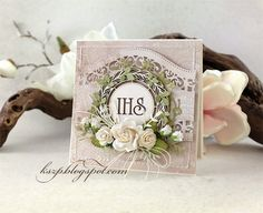 Agateria craft: Kartka komunijna Easel Cards, First Communion, Cute Cards, Decorative Boxes, Scrapbooking, Gift Wrapping, Diy Crafts, Confirmation, Paper