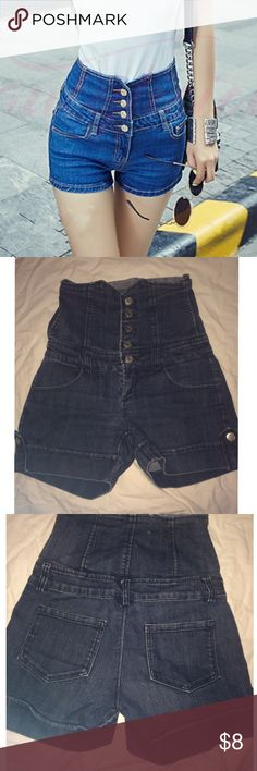 💙F21💙high waisted shorts with button up corset High waisted corset can help sculpt your body's curves Forever 21 Shorts