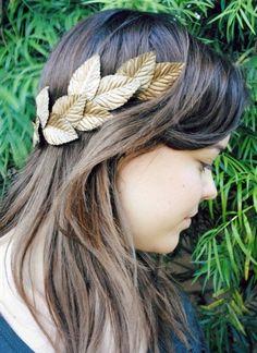 10 DIY Fall Leaf Bridal Crowns