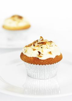 the saturday cupcake: almond cupcake with mascarpone frosting