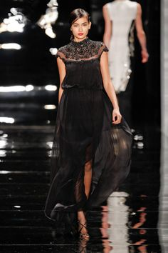 Reem Acra Fall 2013 Ready-to-Wear Runway - Reem Acra Ready-to-Wear Collection - ELLE