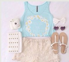 Image via We Heart It https://weheartit.com/entry/120190175 #adorable #bow #casual #cute #fashion #fashionable #girl #girly #heart #Hot #lace #love #outfit #perfect #sandals #shades #shorts #style #stylish #summer #sunflower #trendy #croptop #summeroutfit #trending #croptops