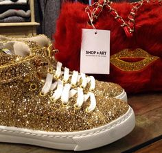 GOLD SHOES #shopart #shopartstyle #new #collection #gold #sneakers #ecofur #red #kiss #adorage #style #fallwinter15 #shopartmania