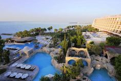 Le Meridien Limassol is a luxury 5 star Spa Resort in Cyprus with leisure, family, weddings, conference, sports and spa facilities. Hotels And Resorts, Best Hotels, Cyprus Hotels, Europe Beaches, Hotel Specials, Limassol Cyprus, European Holidays, Great Hotel, Beautiful Hotels