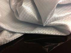 Beautiful Light Silver Dogtooth  Jacquard 100%AC  Silky Lining Fabric 57 146cm