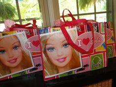 Favors at a Barbie Party #barbie #partyfavors