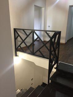 Steel Stair Railing, Stair Railing Design, Steel Stairs, House Gate Design, Door Gate Design, Welded Furniture, Stairway Lighting, Stainless Steel Furniture, Staircase Remodel