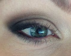 A black and tan smoky look. Urban Decay's  Naked Basics palette was used. :) -kp