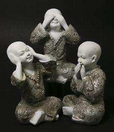 Kindermonniken <br />horen, zien en zwijgen bij Crystal Temptation in Venlo