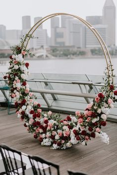 25 Inspirational Wedding Ceremony Arbor & Arch Ideas modern floral wreath wedding altar decoration i Wedding Altar Decorations, Wedding Altars, Wedding Wreaths, Wedding Centerpieces, Centerpiece Ideas, Decor Wedding, Arco Floral, Floral Arch, Floral Wreath