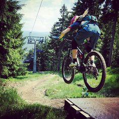 @Regrann from @snow.cz -  Jump it in bikepark Jested! Skoč si na Ještědu! ;) #bikeparkjested #jested #liberec #bike #biketour #bikepark #enduro #mtb #downhill #cycling #trail #author #authorpatriot #maloja #smith #poc #garmin #garminfenix3 #gopro #camelback #giro #bell #Regrann